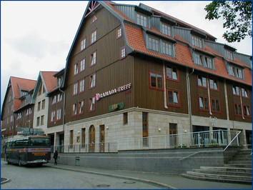 Entfernung Hotel Motel One Flughafen Hamburg